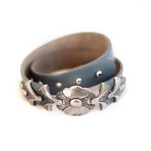*vintage* gray cinch belt with deco metal buckle